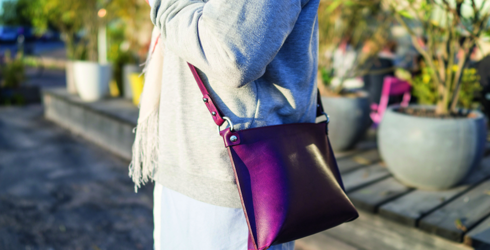 Purple leather purse Stella Soomlais